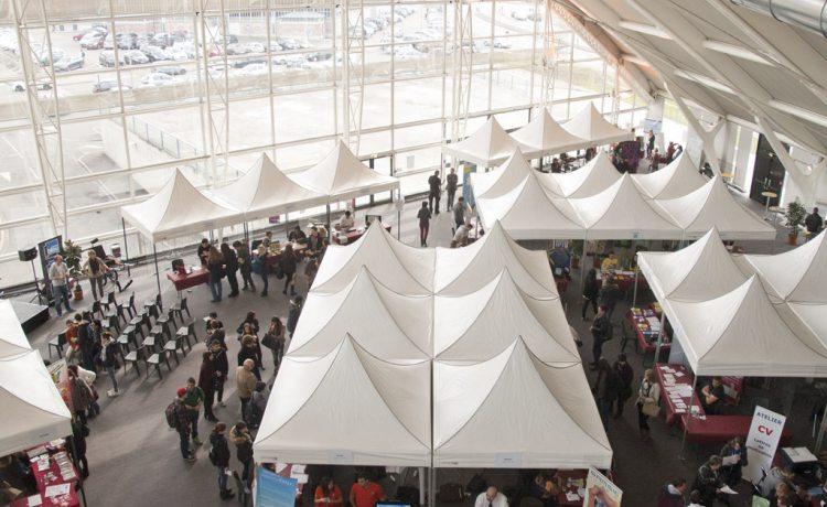 Tentes pliantes V3 garden au forum de l'emploi de Belfort